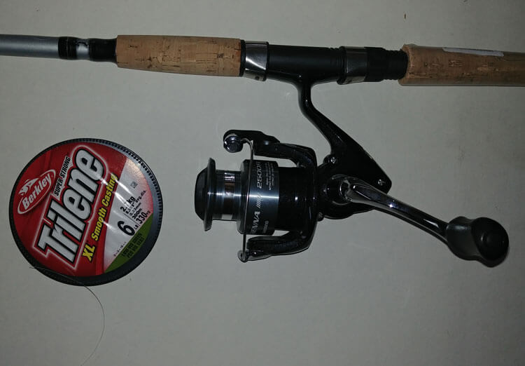 fishing pole with monofilament fishing line